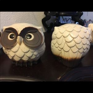 Owl decorations, collectibles